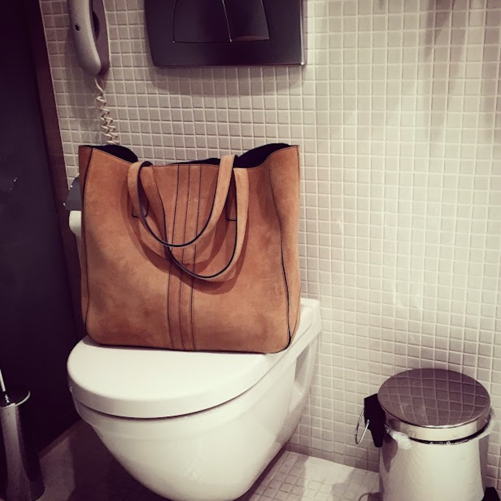 Is it a Tod's weekend or holdall bag? Well, something in between. At Periscope Hotel, Kolonaki