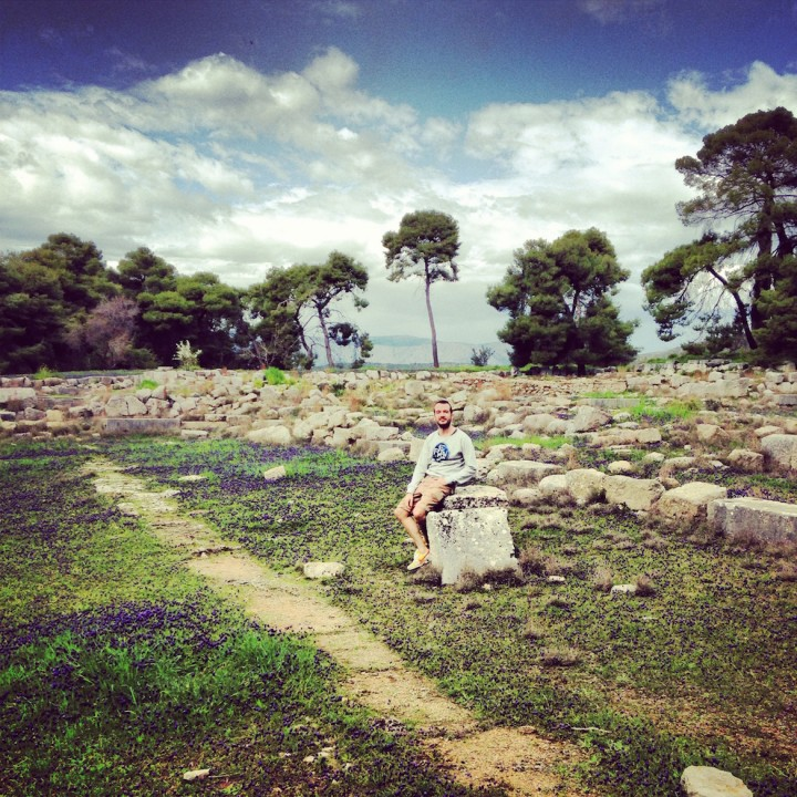 Dimitris goes to <b>Ancient Epidaurus</b> on a sunny spring day!