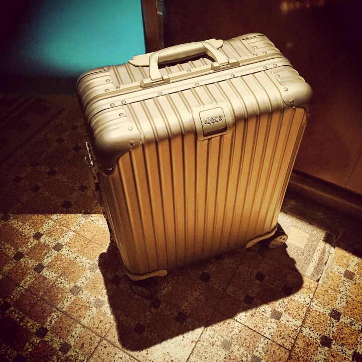 <i>RIMOWA</i>: this beautiful suitcase, tough like no other!