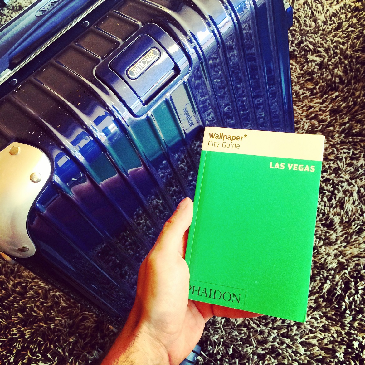 1st important step to #dimitrisgoestoLasVegas: Get the right (Rimowa) suitcase!
