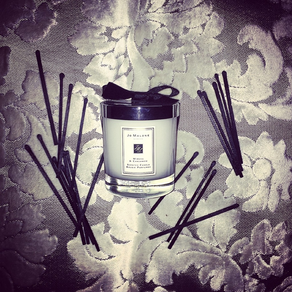 Mimosa & Cardamom scented candle by JO MALONE London