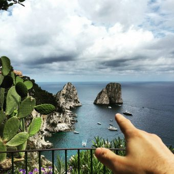 Dimitris goes to beautiful <b>Capri</b> -<i>the essential picture guide</i>