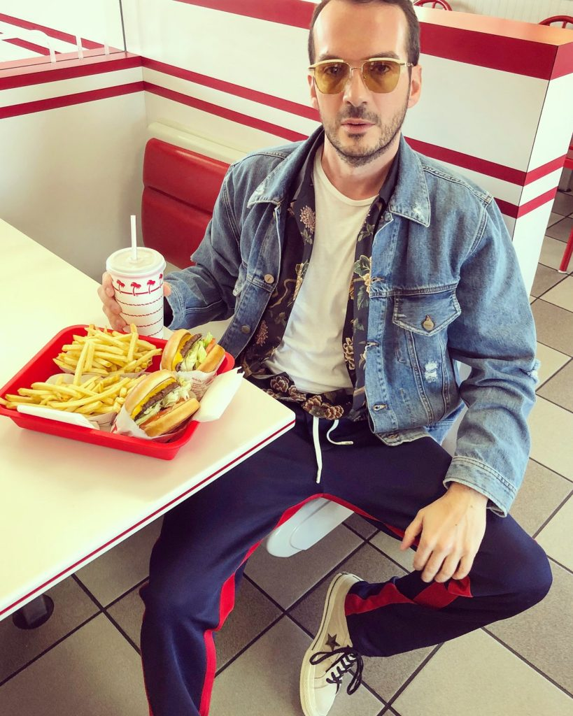 In-n-Out burger is a must in Cali! // Wearing denim jacket by Diesel // Shirt by Dolce & Gabbana (www.luisaworld.com) // Trousers by Tommy Hilfiger // Sunglasses by Gucci (Delux Hellas ) // Shoes Converse One Star (Collective Stores)