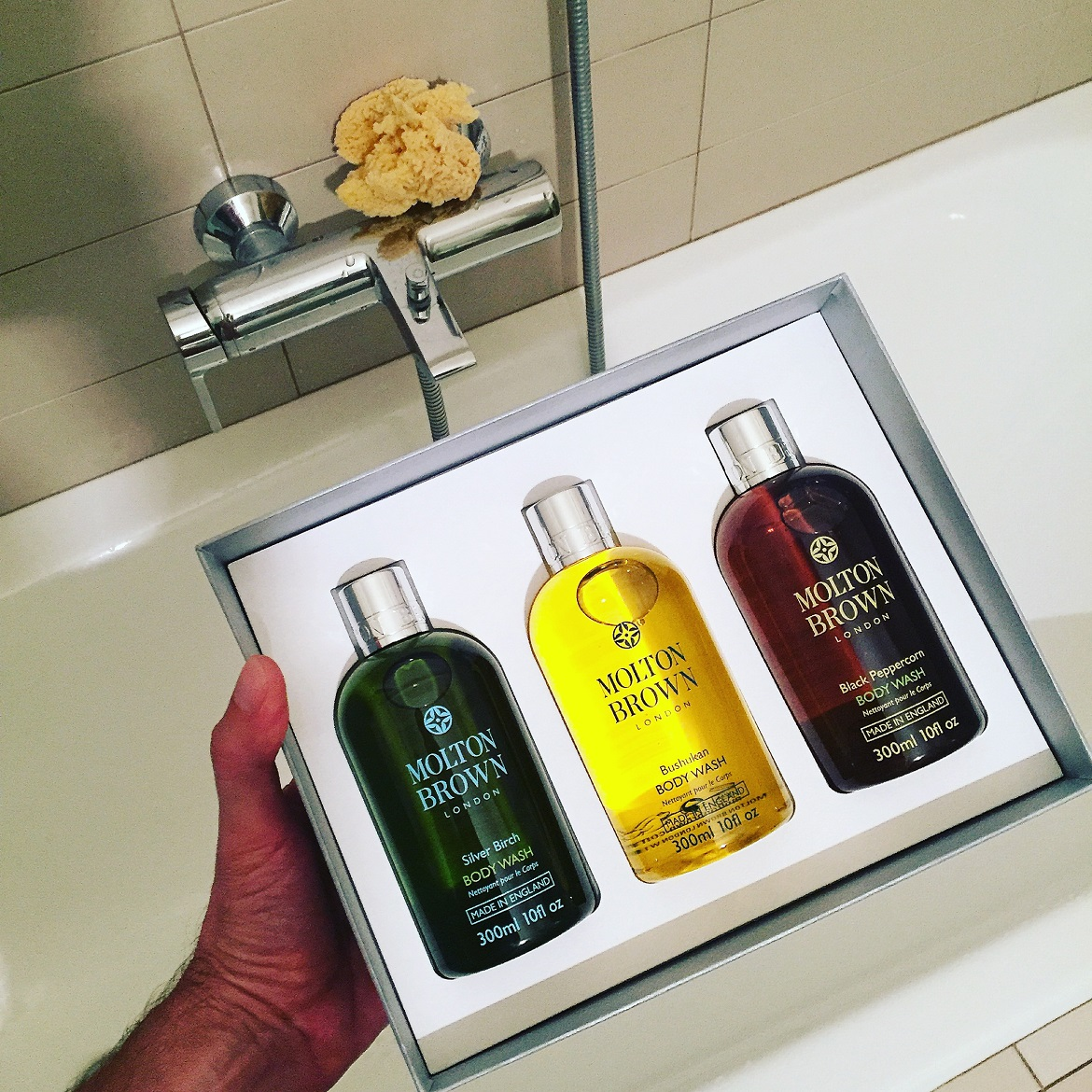 A gift-pack of 3 best-sellers for men (Silver Burch, Bushukan, Black Peppercorn) ideal for Xmas pampering!