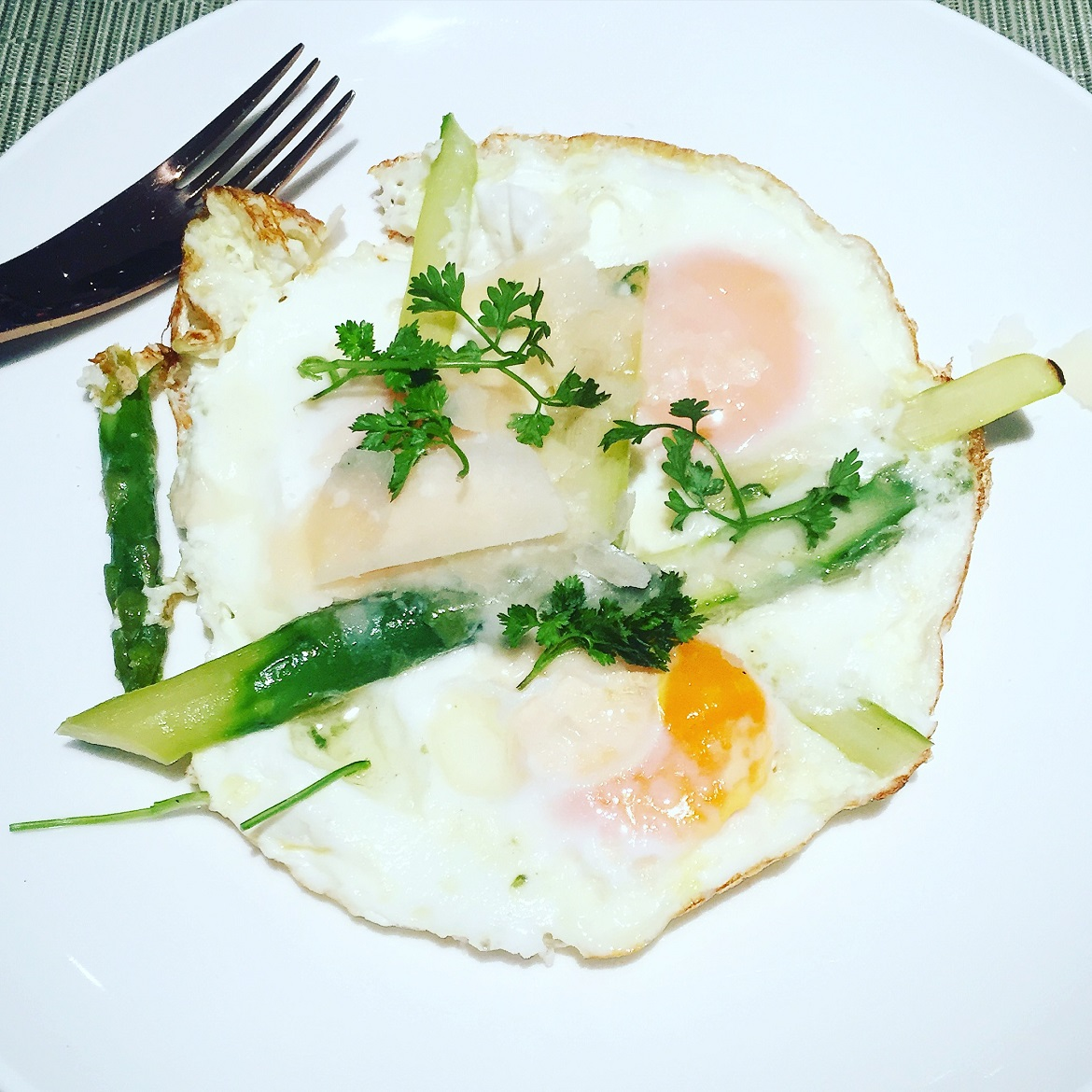 Sunny side up eggs with asparagus & truffle oil. I had them without bread because of a stupid diet...
